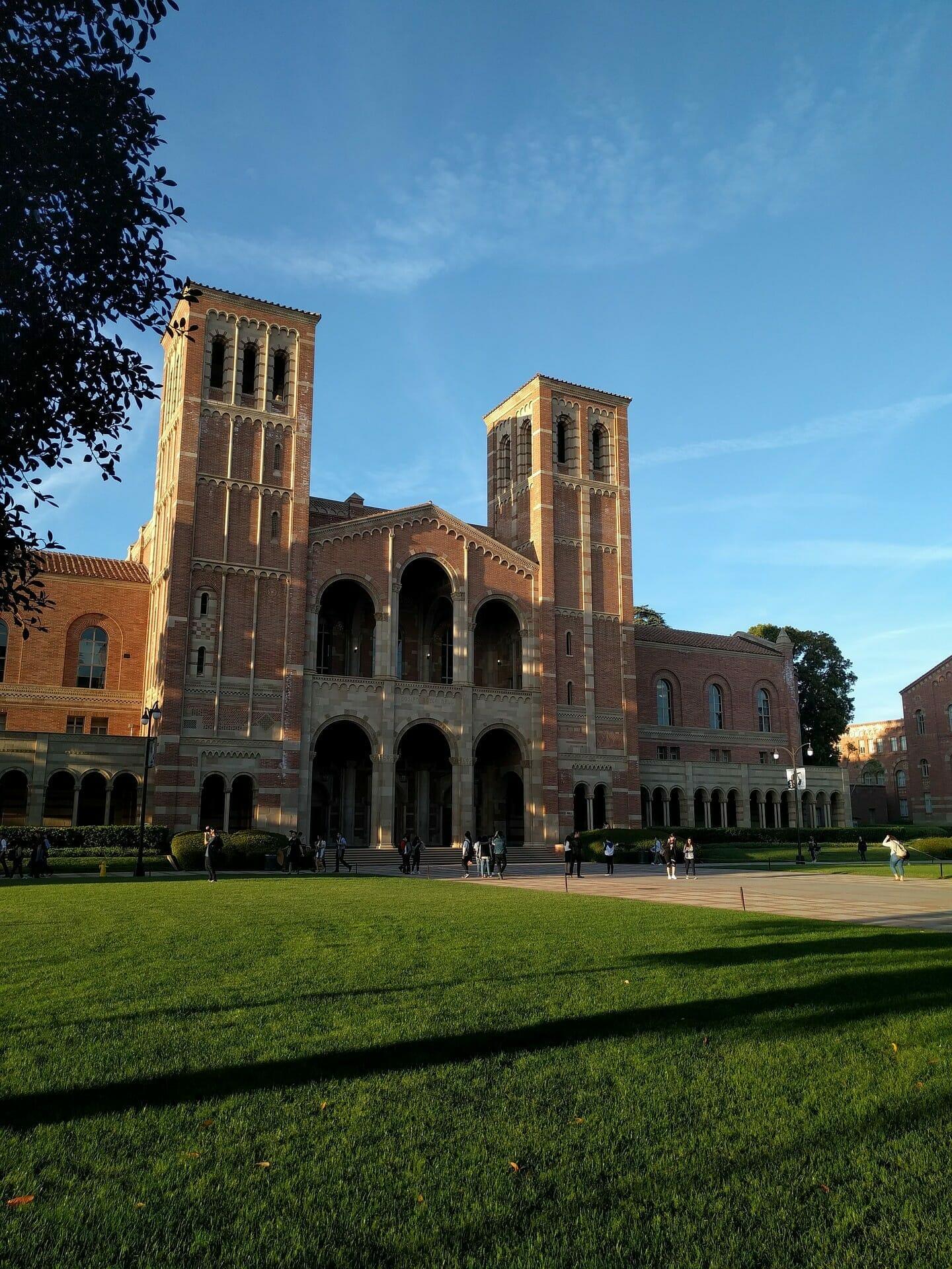 UCLA og Boel Akupunktur har indgået samarbejde