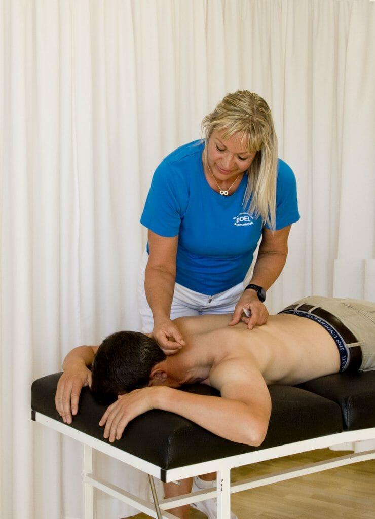 Behandling af piskesmæld med akupunktur